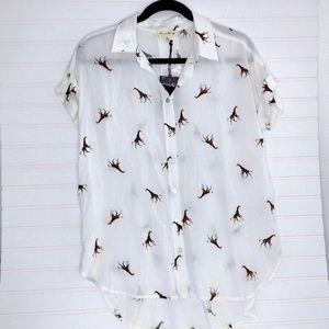 NWT Jane & Delancey Giraffe Print Camp Shirt